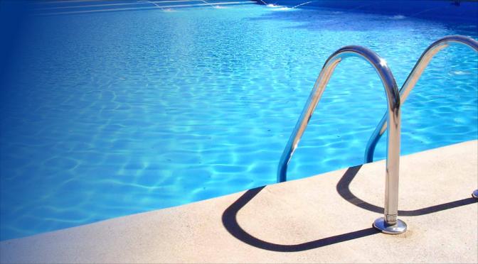 Reparar una tubería de piscina sin destruir su terraza